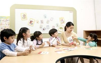 幼儿教育与管理方向